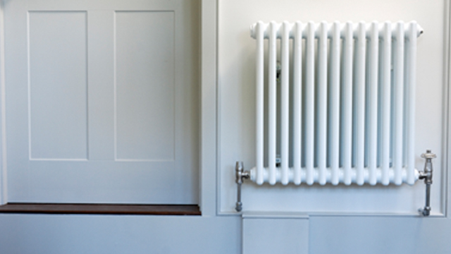 Is it efficient to leave heating running?
